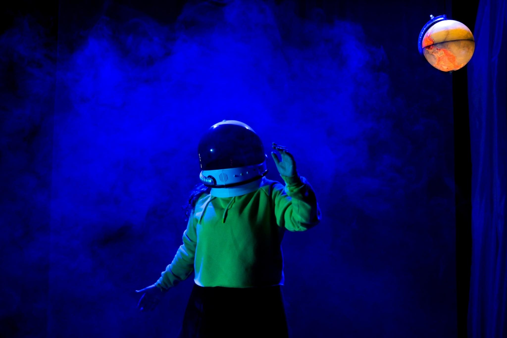 Personne n'a marché sur la Lune ! | Festival Théâtre