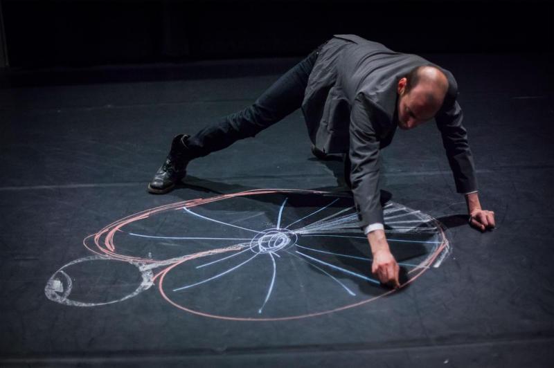 Cerebrum | Rencontres Danse Cirque Théâtre Théâtre