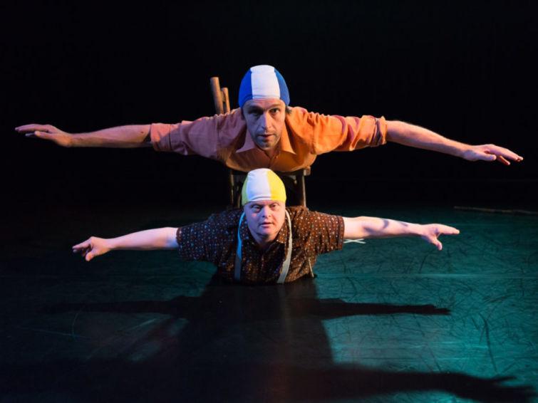 Hyperlaxe (annulé) | Écoles Ados Cirque