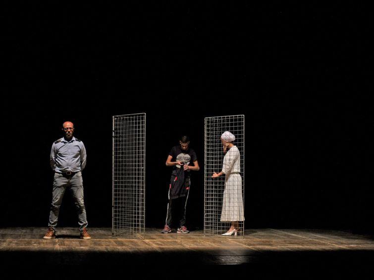 Des Tensions |  Théâtre